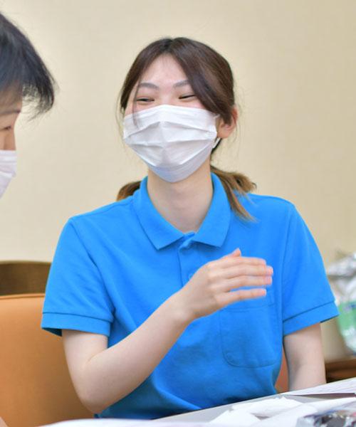 介護士 A.M